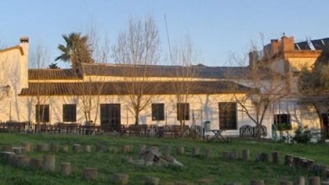 Granja-Escuela La Sierra (Alojamiento)