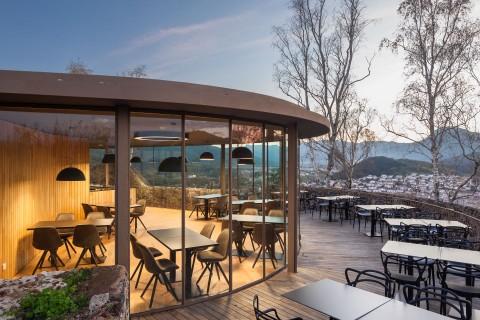 Restaurante El Fortí del volcan Montsacopa